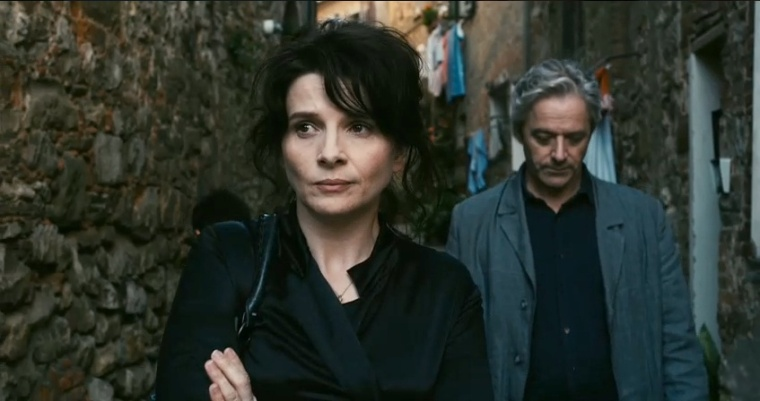 Juliette Binoche and William Shimell chat amiably (or don't) in Kiarostami's Certified Copy (2010)